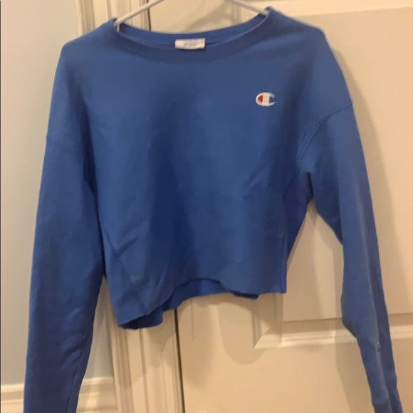 Cropped Champion Crewneck